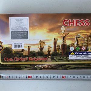 """1/3 משחקים קטן 28 ס""""מ  מהודר (שחמט, דמקה, שש בש) 5/60 בקרטון"""