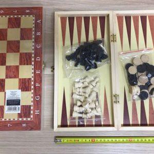 """שלושה משחקים באחד – משחקים בינוני 34 ס""""מ מהודר (שחמט, דמקה, שש בש)"""